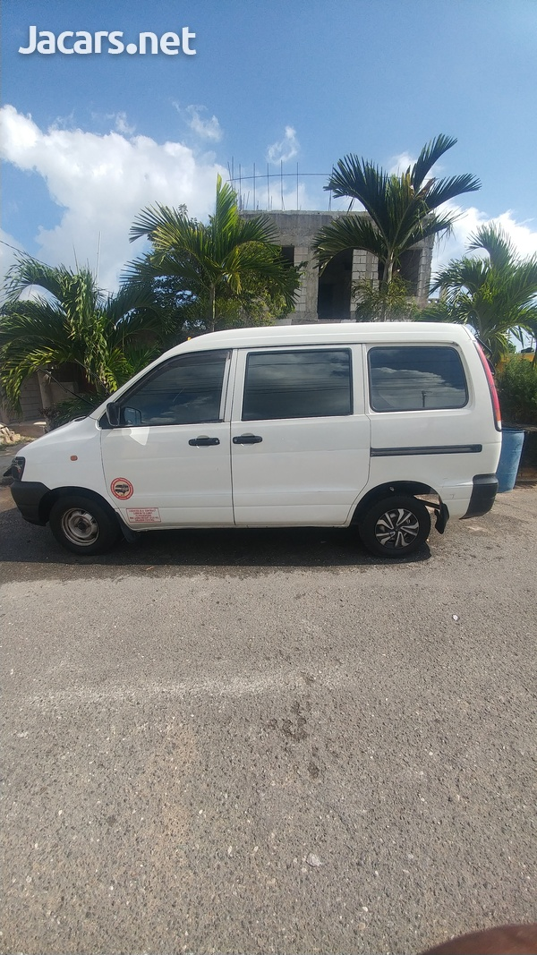 Toyota town Ace-1