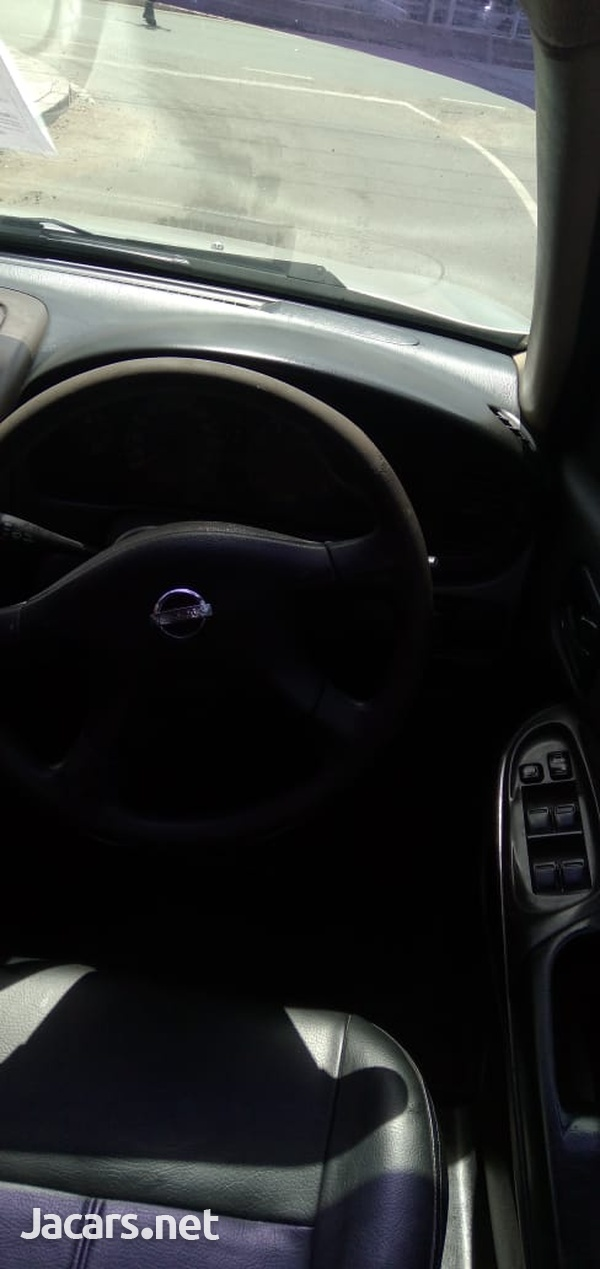 Nissan Sunny 1,6L 2007-6