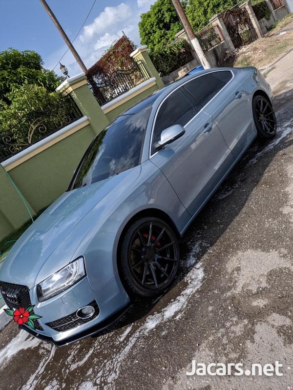 Audi A5 2,0L 2012-4