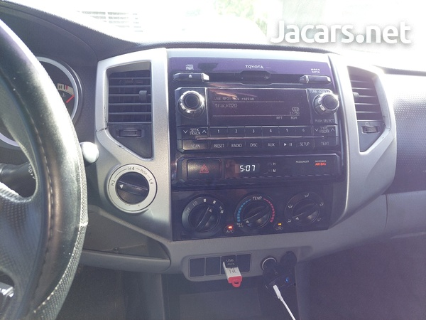 Toyota Tacoma 4,0L 2012-10