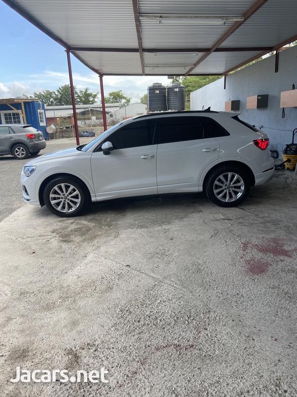 Audi Q3 2,0L 2020-3