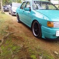 Ford Select Model 2,0L 1992