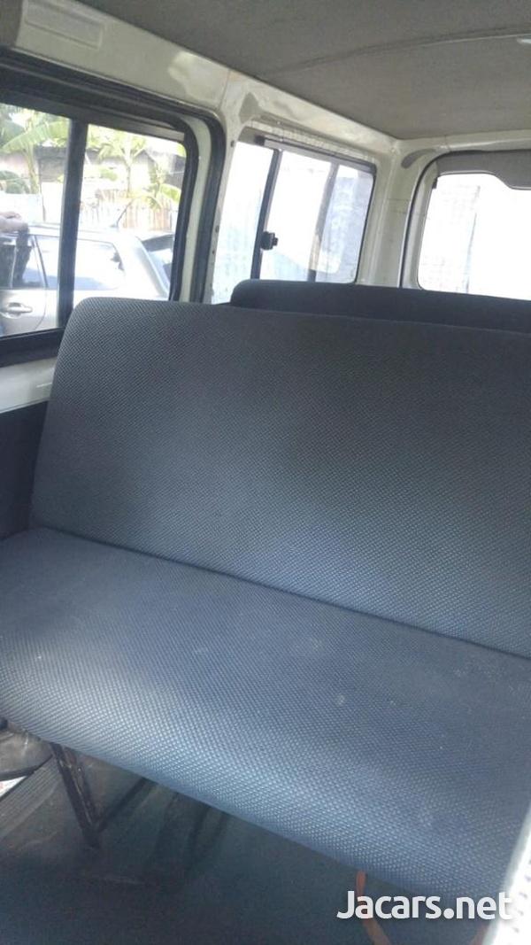2008 Toyota Hiace Bus-3