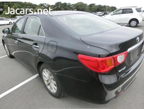 Toyota Mark X 2,0L 2011-3