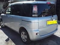 Toyota Sienta 1,5L 2012