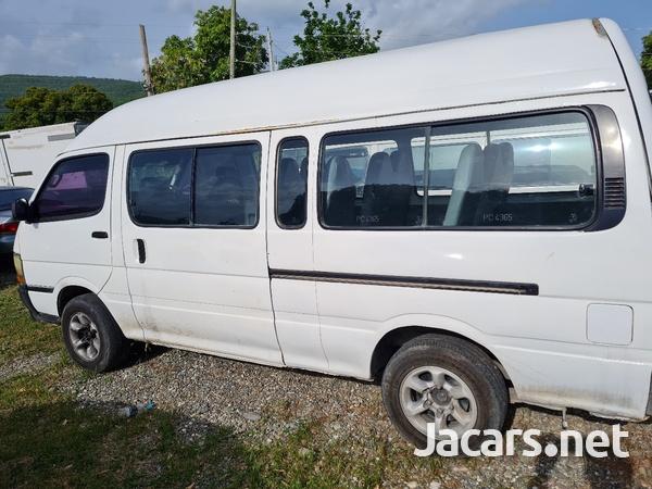 Toyota Hiace Bus 3,0L 1998-7
