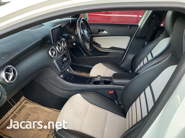 Mercedes-Benz A-Class 1,6L 2014-4