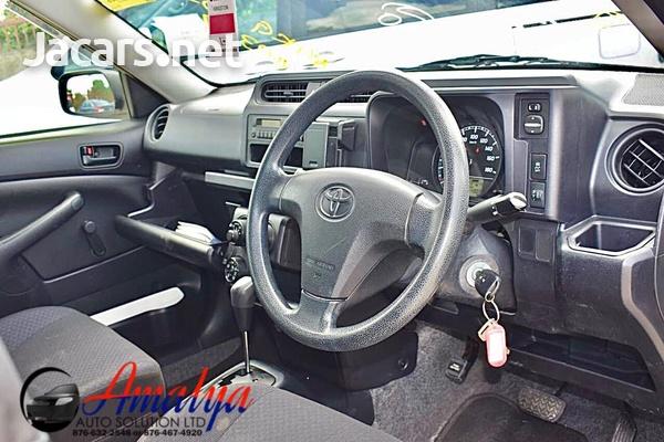 Toyota Probox 1,5L 2015-6