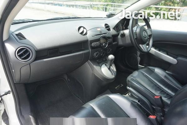 Mazda 2 1,5L 2014-3