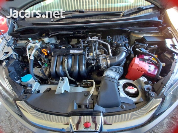 Honda Fit 1,3L 2016-7