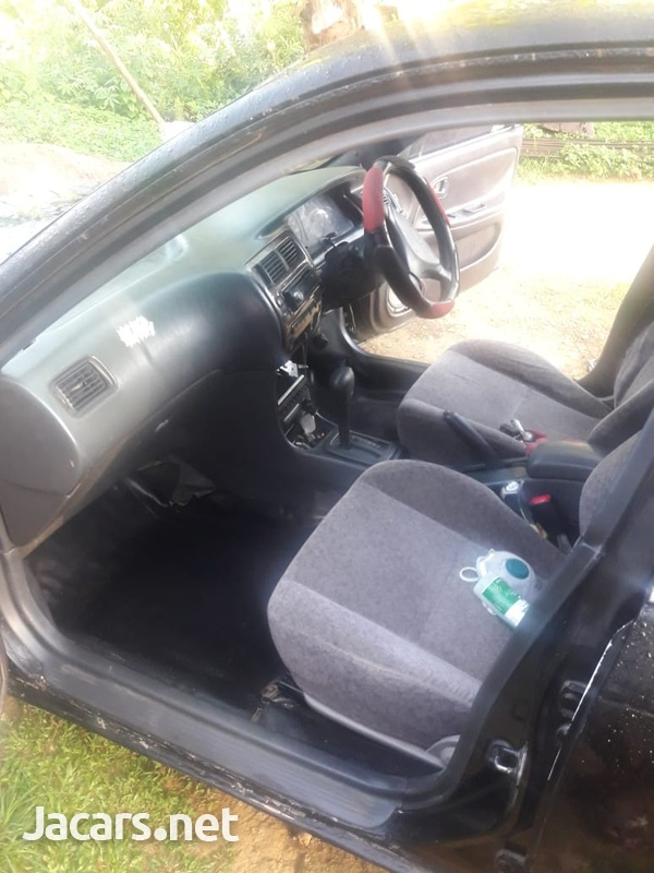 Toyota Corolla 1,5L 1996-3
