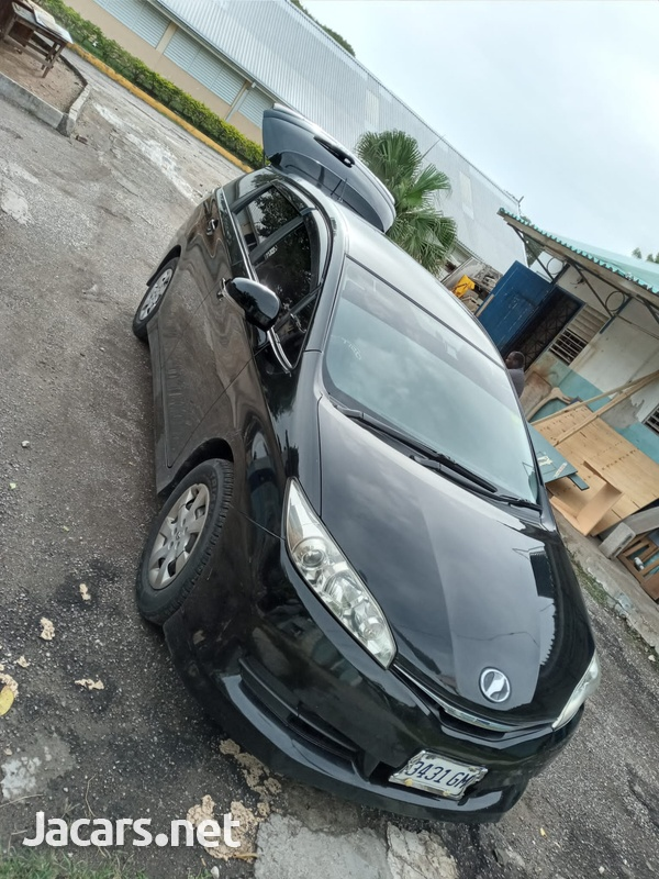 Toyota Wish 2,4L 2012-5