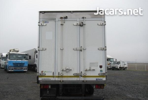 Isuzu Freezer Truck 2012-4