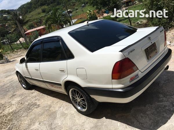 Toyota Sprinter 1,6L 1995-3