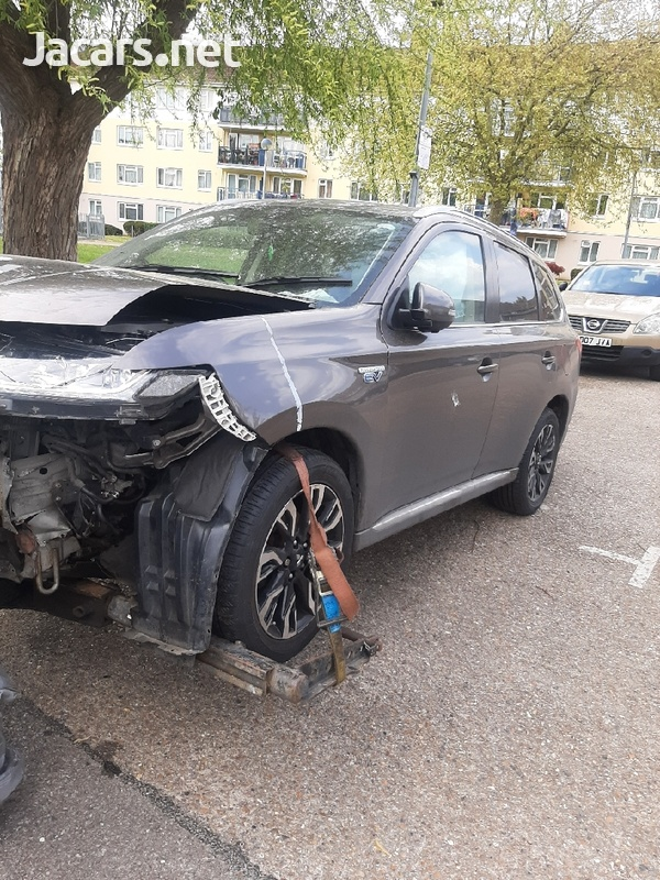 2016 mitsubishi outlander breaking for spare parts-7