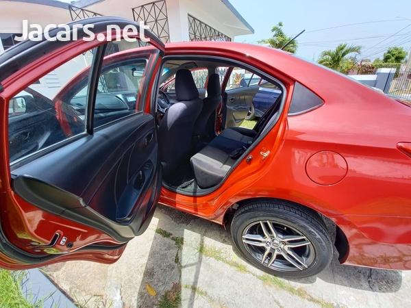 Toyota Yaris 1,3L 2017-10