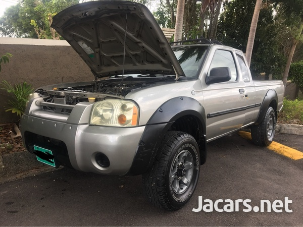 Nissan Frontier 3,3L 2002-1