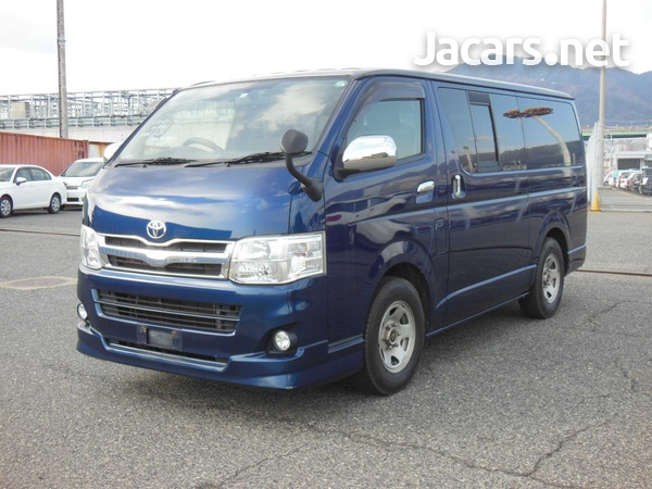 Toyota Hiace 3,0L 2012-1