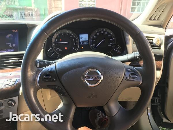 Nissan Fuga 1,4L 2012-5
