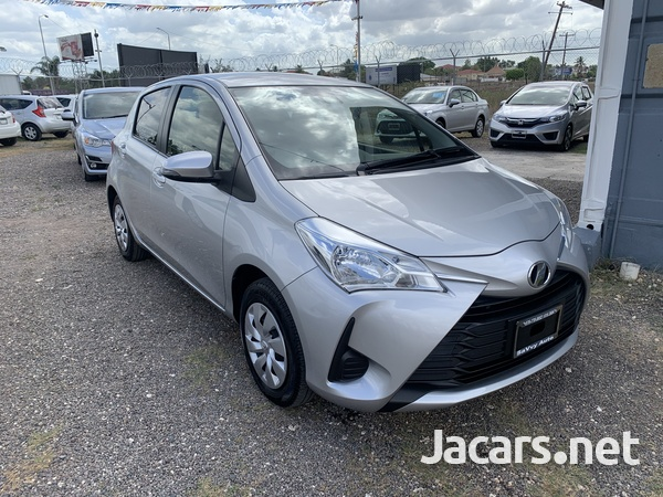 Toyota Vitz 1,0L 2018-1