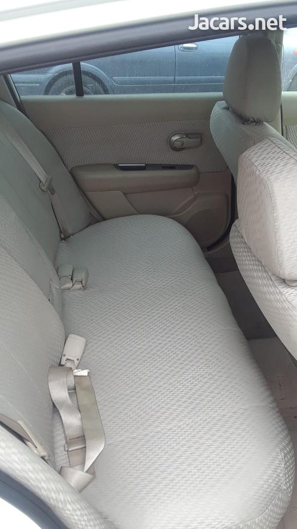 Nissan Tiida 1,3L 2012-5
