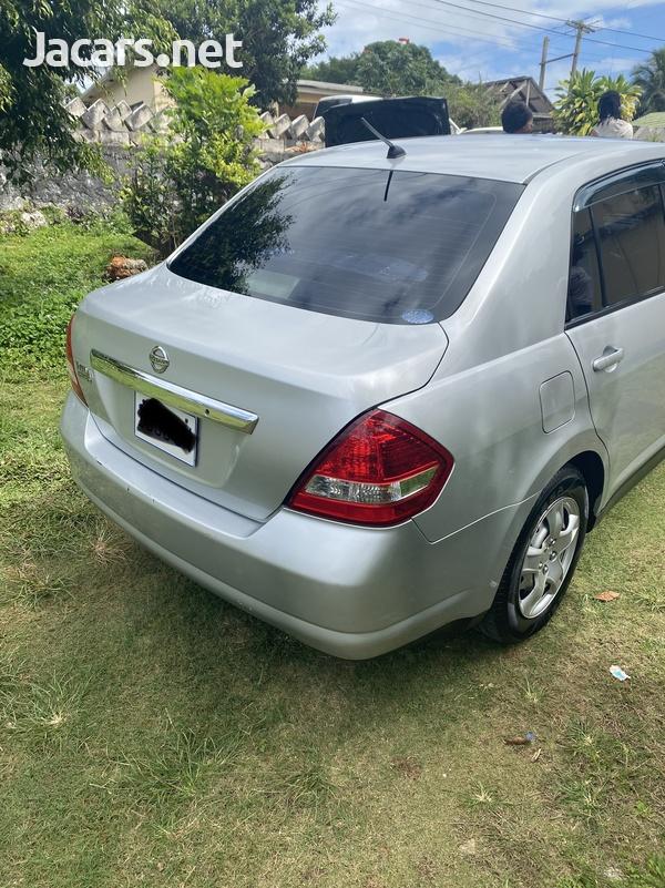 Nissan Tiida 1,5L 2012-5