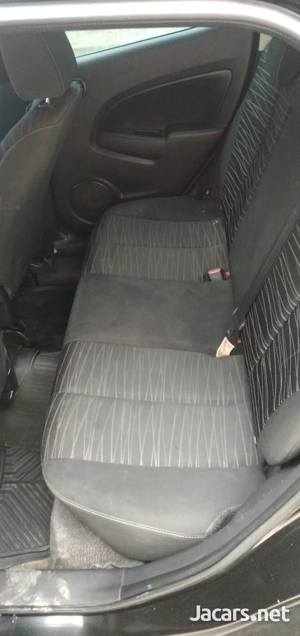 Mazda Demio 1,3L 2009-9