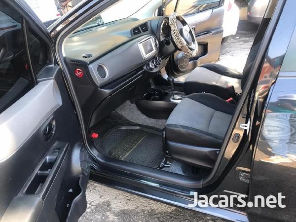 Toyota Vitz 1,5L 2013-4