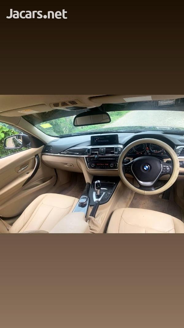 BMW 3-Series 2,0L 2014-10