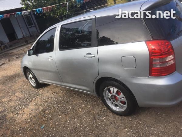 Toyota Wish 1,8L 2004-3