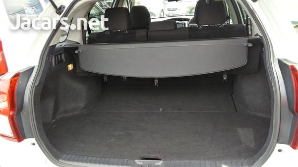 Toyota Fielder 1,5L 2014-8
