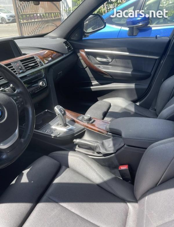 BMW 3-Series 3,0L 2018-8