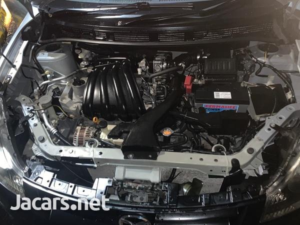 Mazda Familia 1,5L 2011-6