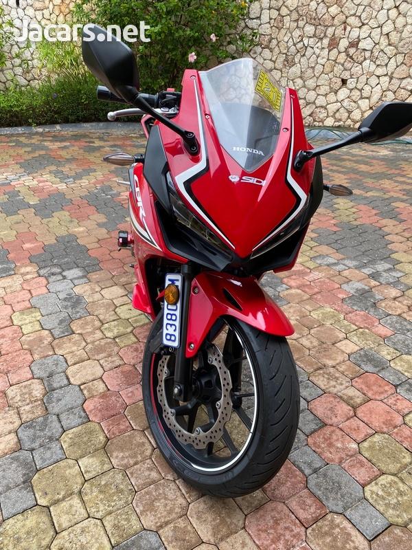 Honda CBR500 2019 with docs-2