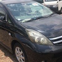 Toyota Isis 1,8L 2011