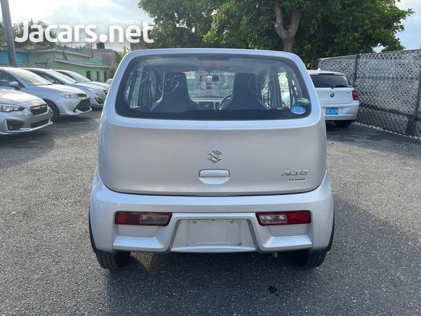Suzuki Alto 1,0L 2016-5