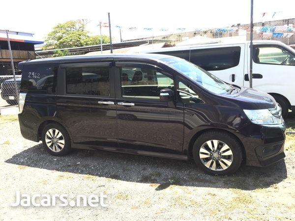 Honda Step wagon 1,8L 2011-4
