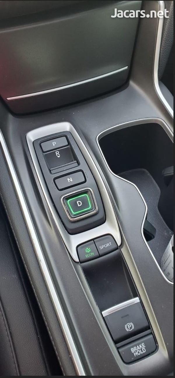 Honda Accord 2,0L 2020-12