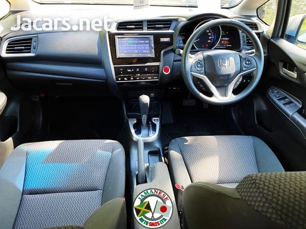 Honda Fit 1,5L 2018-10