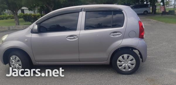 Toyota Passo 1,3L 2013-4