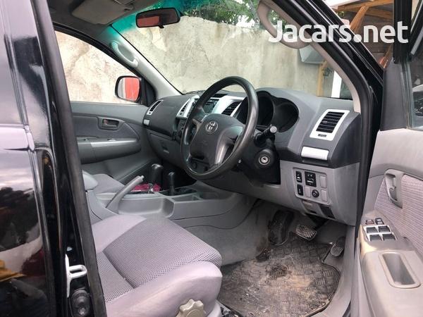 Toyota Hilux 3,0L 2015-6