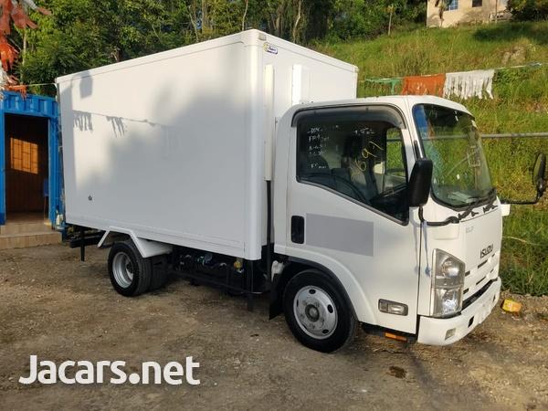 2007 Isuzu Box Body Refrigerated Truck-1