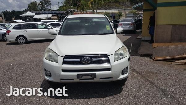 Toyota RAV4 2,0L 2011-1