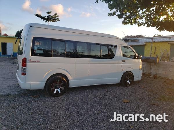 Toyota Hiace 2,7L 2013-5