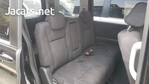 Honda Stepwgn Spada 2,0L 2012-10