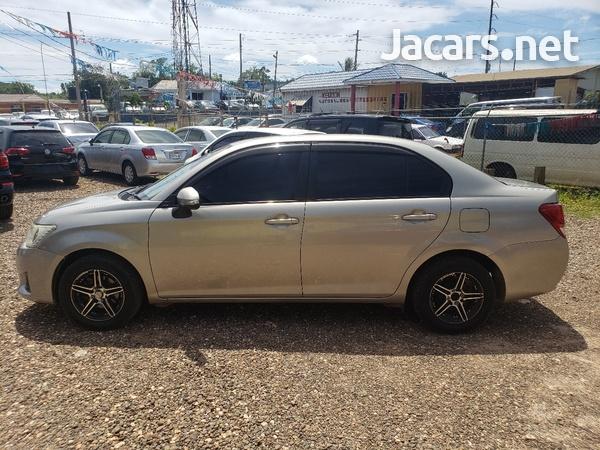 Toyota Axio 1,5L 2013-4