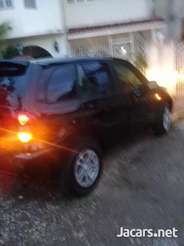 Toyota RAV4 2,0L 2003-5
