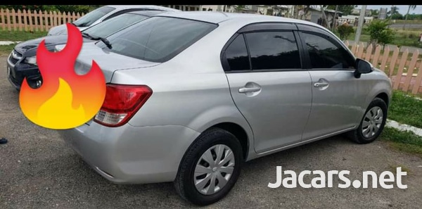 Toyota Axio 1,5L 2013-5