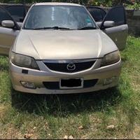 Mazda 323 2,0L 2003
