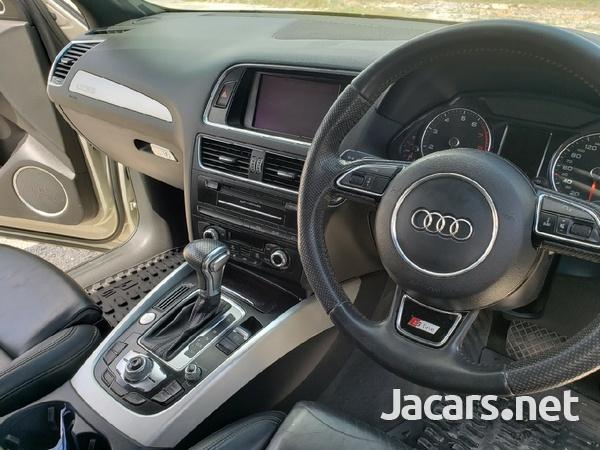 Audi Q5 2,0L 2013-8